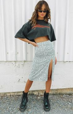 Edgy Outfits, Cute Casual Outfits, Fashion Outfits, Unique Outfits, Pretty Outfits, Beautiful Outfits, Long Skirt Outfits For Summer, Summer Skirts, Floral Skirt Outfits