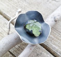 Rough Peridot And Sterling Silver Ring. Adjustable Ring. by Unics