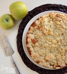 La cuor di mela non è la solita torta di mele,sotto è soffice e cremosa perchè piena di mele,sopra ha una crosticina croccante,è buonissima,provatela...