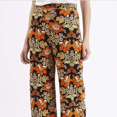 Topshop Floral Pants Size 0 NWOT. Only worn once. Topshop Pants Trousers
