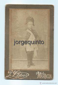 Fotografía antigua: RETRATO. NIÑO. J. LÓPEZ . CENTRO FOTOGRÁFICO VILLAR. MURCIA. 8,2 X 12,4 CMS. - Foto 1 - 53949386
