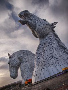 Giant Horse Head Sculptures Transform the Scottish Skyline - My Modern Metropolis