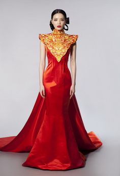 Don't wear many dresses but this...this is nice. I have no idea where I'd wear it to lol.