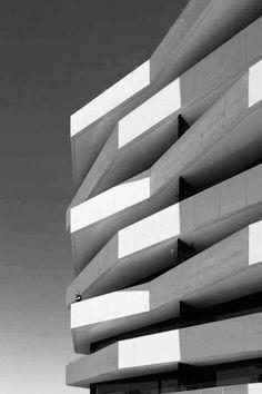New Exterior Facade Architecture Modern Ideas Minimal Architecture, Facade Architecture, Amazing Architecture, Contemporary Architecture, Architecture Portfolio, Contemporary Design, Facade Design, Exterior Design, Built Environment