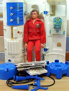 The Six million dollar man doll! The Six million dollar man doll! Vintage Toys 1970s, 1970s Toys, Retro Toys, 1980s, Vintage Fur, Vintage Stuff, Retro Vintage, My Childhood Memories, Childhood Toys