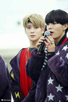 What you looking at Jaehyun???