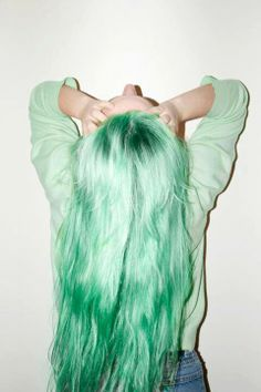 Mint green hair!!!