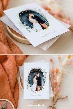 """Minimalistischer Boho & Greenery Look: So schön sind Dankeskarten mit Eukalyptus! Dankeskarte im verträumten Boho-Look. Mit Elementen wie Eukalyptus, Pampasgras und geometrischen Formen zaubert ihr den romantischen Boho Stil auf eure Danksagungskarten. Mit euren Hochzeitsfotos wird eure individuelle Dankeskarte ein Hingucker. _________ ➤ Design: """"Soft Greenery"""" ➤ #kartenmacherei #hochzeit #dankeskarten Boho Stil, Polaroid Film, Design, Invitation Cards, Postcards, Retro Images, Thanks Card, Fathers Day, Decals"""