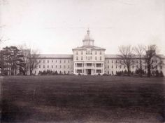 The Dayton State Hospital on South Wayne Avenue was opened on September 1855 with 200 inmates. It is now 10 Wilmington Place. Greenville Ohio, Dayton Ohio, Abandoned Property, Abandoned Asylums, Maid Rite, Local History, Historical Pictures, Victorian Homes, Old Photos