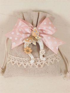 Idea shabby per bomboniera #handmade. Materiale per wedding all'ingrosso #favor #marriage