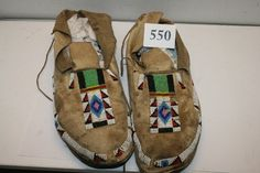 "11"" Pair Of Man's Moccasins : Lot 550"