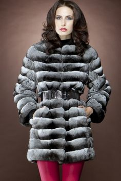 Horizontal Black Velvet Chinchilla Mid-Length Fur Coat