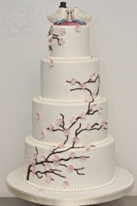 Sakura cake (subtler design)