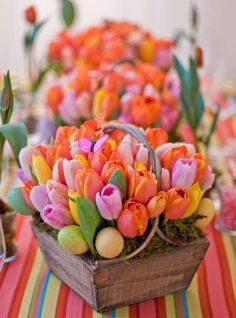 Easter Hunt Centerpiece - 80 Fabulous Easter Decorations You Can Make Yourself