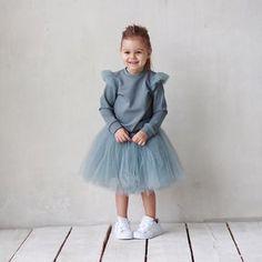 ❗️-30%❗️Свитшот серо-голубого цвета с крылышками из фатина.Размер в наличии: 104.Старая цена: 3500.Новая: 2450.Юбочка из фатина серо-голубого цвета-на заказ!Старая цена: 4000.Новая: 2800.#miko_kids #conceptkidswear #sale