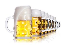 To enjoy the right taste of your favorite #beer, you should have it in the right temperature. Go through the blog http://www.liquordeliverycalgary.ca/blog/why-you-should-drink-beer-in-right-temperature/ to know more.