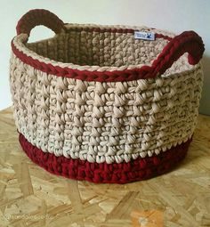 65 Ideas Crochet Facile Panier For 2019 Crochet Basket Pattern, Knit Basket, Crochet Patterns, Crochet Baskets, Crochet Home, Crochet Gifts, Crochet Yarn, Crochet Storage, Diy Bags Purses