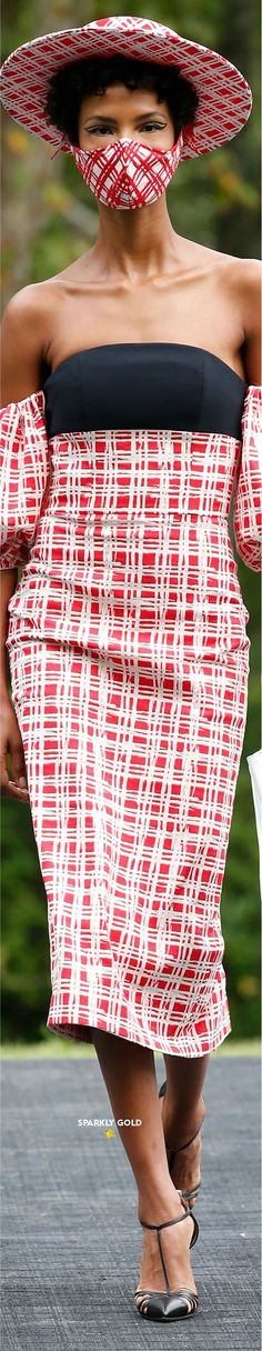 Christian Siriano Spring 2021 RTW #SparklyGold ❀ Bebe Rexha, Jeremy Scott, Christian Siriano, Carolina Herrera, Lanvin, Alexander Wang, Editorial Fashion, Lace Skirt, Red Carpet