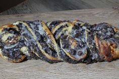 Mohnzopf mit Vanillepudding und Rosinen 1