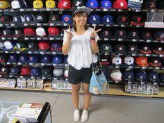 【新宿1号店】2014.08.24 初めてご来店頂いたお客様です。MLBのキャップがよくお似合いです!また遊びに来て下さいね。