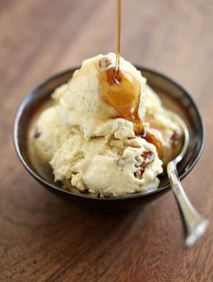 mmm, now I want butter pecan icecream with maple syrup. perfect