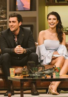 Caglar Ertugrul and Deniz Baysal . They have a great chemistry 😍😍 Hair Mask For Growth, Girl M, Best Love Stories, Letting Go Of Him, Cute Bathing Suits, Turkish Beauty, Handsome Actors, Series Movies, Tv Series
