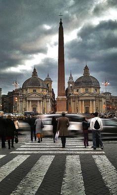 Rome, Lazio region, Italy. Piazza del Popolo. // by Mauricio Vidal, via Flickr.