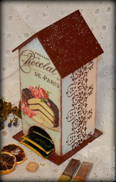 """Купить Чайный домик """"Кусочек торта"""" - разноцветный, чайный домик, чайный домик декупаж Diy Tea Bags, Decoupage Furniture, Box Houses, Tea Box, Painting On Wood, Decorative Boxes, Shabby Chic, Bird, Cottage"""