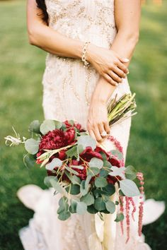 """Love the """"undone"""" vibe of this bouquet"""
