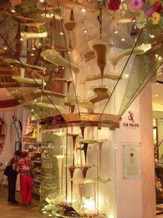 World's Largest Chocolate Fountain - Chocolate Fountain in Las Vegas: The Huge Chocolate Fountain at Jean Philippe Patisserie Las Vegas