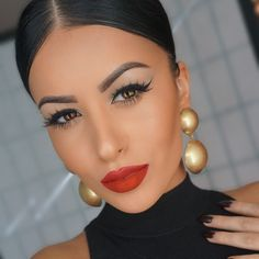 She is my crush!!!!! ♥♥♥♥ Amrezy