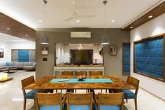 Residence Design with Straight-lines, Creative and Comfortable Responses