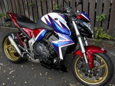 CB 1000 R HONDA HRC custom livery Honda Motorcycles, Custom Motorcycles, Cars And Motorcycles, Honda Cb, Cb 1000, A Gear, Moto Bike, Sportbikes, Car Wheels
