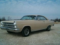 Now this was the color of my 66 Fairlane , my very car . Mercury Cars, Ford Lincoln Mercury, Ford Torino, Old School Cars, Ford Classic Cars, Ford Fairlane, Henry Ford, Ford Motor Company, Impala