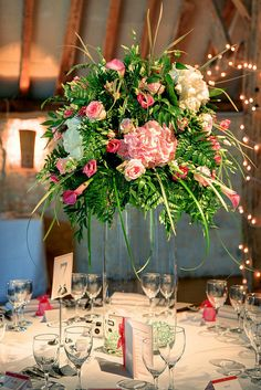 How Beautiful are these  Wedding Flowers - Table Decoration  Please Repin     Click Here to see more wedding flowers http://www.fiftyflowers.com/?a_aid=FFlowers