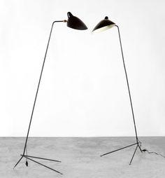 Lampadaire droit - 1953 - Serge Mouille Design Light, Lamp Design, Interior Lighting, Lighting Design, Famous Furniture Designers, Serge Mouille, Wooden Panelling, Parisian Decor, Deco Luminaire