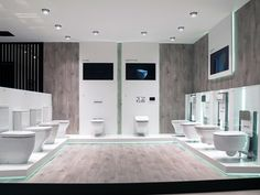 Noken's showroom at the International Exhibition: technical area and experiential tour. Mold In Bathroom, Bathroom Tile Designs, Bathrooms, Master Bathroom, Showroom Interior Design, Furniture Showroom, Bathroom Furniture, Furniture Design, Electrical Shop