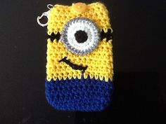 It's a minion phone cover!!!! I HAVE TO MAKE THIS!!