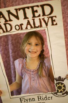 Rapunzel/ Tangled/ Princess Graduation/End of School Party Ideas | Photo 9 of 75
