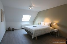 WEM51 Relaxing beige Boss paints