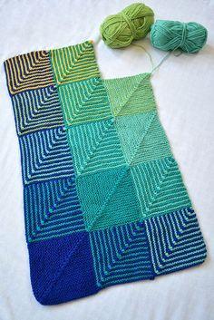 Hue Shift Blanket by Lovely Wren Crochet Home, Knit Or Crochet, Crochet Crafts, Sewing Crafts, Knitted Afghans, Knitted Blankets, Easy Knitting, Loom Knitting, Knitting Patterns