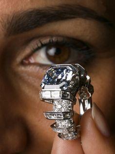 """""""The Sky Blue Diamond"""" 8,01 ct"""