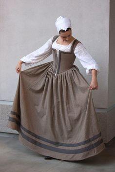 Tudor or Elizabethan kirtle. Working class dress