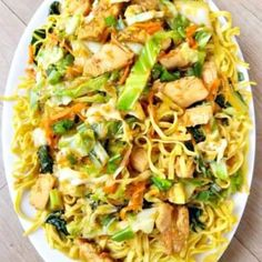 Anyone can make Authentic Chicken Chow Mein noodles, it just takes the right ingredients. What makes my Chicken Chow Mein authentic? Well you are just going to have to read on to find out! Chow Mein Recipe Vegetable, Vegetable Recipes, Chicken Recipes, Chinese Egg Fried Rice, Chinese Food, Chinese Meals, Chinese Cabbage, Chinese Chicken, Asian Recipes