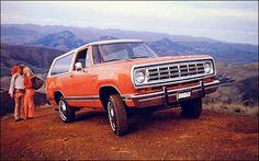 1975 Dodge Ramcharger SE Postcard original automobile literature