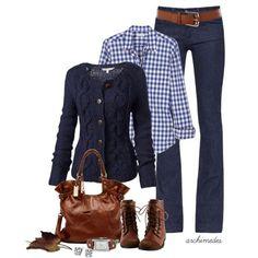 blusa a cuadros azules + suéter marino + jeans + botas y bolsa cafés