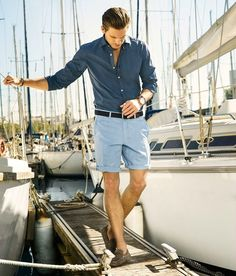 41 Awesome Mens Preppy Style Ideas for Summer Yacht Fashion, Boat Fashion, Nautical Fashion, Mens Fashion, Boat Party Outfit, French Riviera Style, Mens Wardrobe Essentials, Cruise Outfits, Mens Clothing Styles