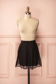 Leah Black - Black A-line flowers embroidered mini skirt