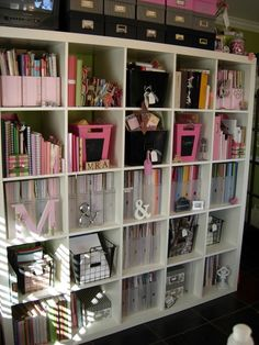 Creative Storage i love the idea of using the magazine racks to hold papers and packs! Cubes good for other craft storage, too. Scrapbook Storage, Scrapbook Organization, Craft Organization, Scrapbook Rooms, Organizing Life, Space Crafts, Home Crafts, Rangement Art, Craft Room Storage