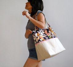 bb8b54ff3 Vintage Print Hula Girls Canvas Tote Bag - with Pink Trim - New York Tote  Bag